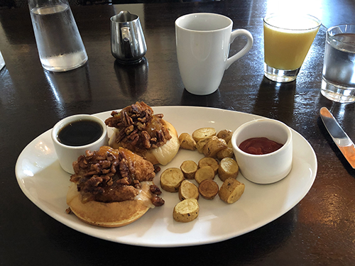 700 Drayton: Breakfast in Savannah